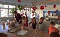 Weihnachtsbackaktion
